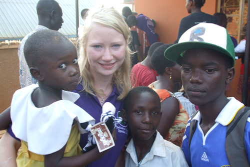 Pip, Chellaston School volunteer with kids from the orphanage