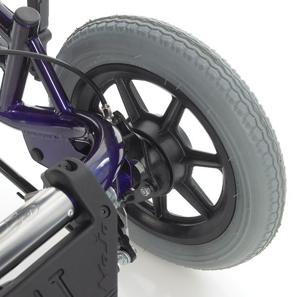 Cable operated drum brakes for SOS wheelbases available on all models excluding the Stroller