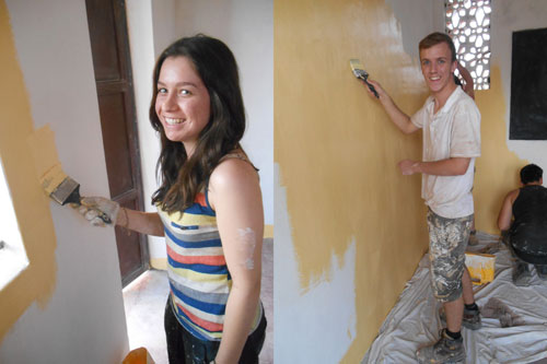 Tigger Team Student volunteers painting the School in Uganda